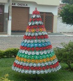 Haz lindos adornos navideños con botellas y vasos reciclados ~ cositasconmesh