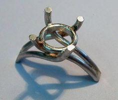 Making platinum ring collet soldered