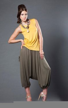 Top and funky pants by Mon Atelier