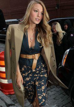 Modische Stars: Auf der Fashion Week in New York zeigt sich Schauspielerin Blake Lively in einem Komplett-Outfit von Designer Michael Kors. ...