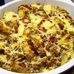 Hmmmm.......... who can resist this home style Potato & Hamburger Casserole.  Enjoy the big hunks of sliced baked potatoes slathered in a creamy savory sauc(...)