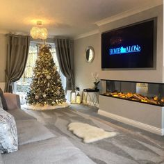 [New] The 10 All-Time Best Home Decor (Right Now) - Ideas by Mary Weeks - Christmas inspo and a beautiful living room from Stunning . Living Room Tv, Living Room With Fireplace, Interior Design Living Room, Home And Living, Living Room Designs, Small Living, Modern Living, Elegant Living Room, Beautiful Living Rooms