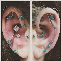 Body Jewelry Piercing, Jewelry Tattoo, Daith Piercing, Ear Jewelry, Piercing Tattoo, Jewellery, Pretty Ear Piercings, Multiple Ear Piercings, Body Peircings