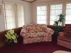 Living Room 1994 Heart Mobile / Manufactured Home in Bradenton, FL via MHVillage.com