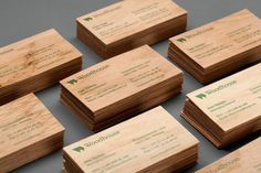 Design de Móveis: Cartões de visita em madeira