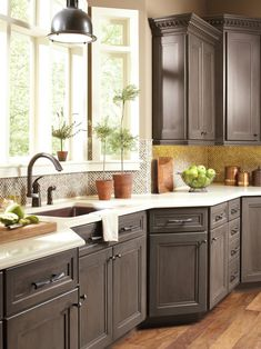Depiction of Lovely Colors for Your Kitchen Cabinets