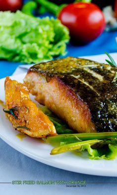 Stir fry salmon with orange is so deectable. You will love the orange slices as much as the salmon fillet itself!