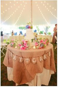 burlap and lace wedding table. how to's and real wedding gallery