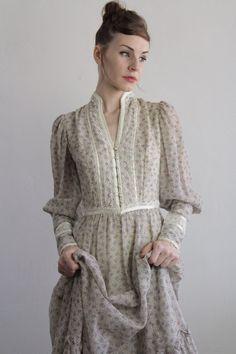 Vintage Gunne Sax Dress  1960s Boho  Summer Gown  by VeraVague, $150.00