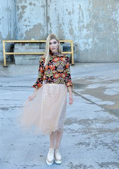 Delicate Lace and Bold Florals.  Summer to Fall Outfit Inspiration.  Tulle Skirt and Bell Sleeve Top.