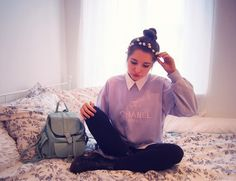 Hipster - fashion - girl - chanel