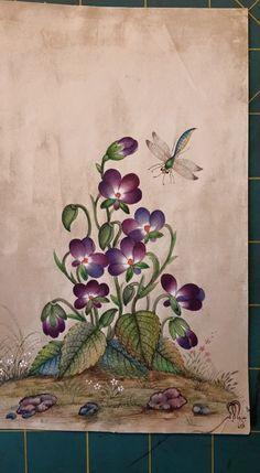 Botanical Flowers, Botanical Art, Holiday Images, Flower Bird, Botanical Drawings, Indian Paintings, Fabric Painting, Islamic Art, Art Pictures