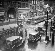 Euclid Avenue downtown at the Arcade in was bustling with pedestrians and street cars. Cleveland's street car system operated until Cleveland Arcade, Downtown Cleveland, Cleveland Rocks, Cincinnati, Cleveland Scene, The Buckeye State, Best Location, Old Pictures, Historical Photos