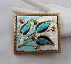 VINTAGE 1950's - 1960's MODERNIST ENAMEL FLOWERS POWDER COMPACT BOUGHT IN FRANCE