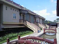 D'Ratna Cafe & Resort