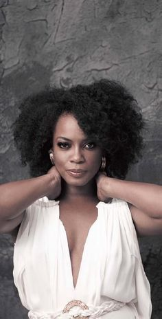 Aujane Ellis This is what a great cut can do for natural hair.!