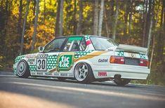 BMW E30 3 series white Tic Tac