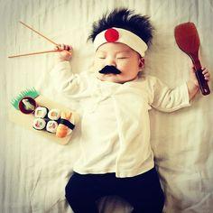 C'est bon les sushiiiiii...... #japonais #bebe #endormi #sushi #maki #moustache #mortderire