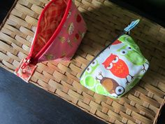 mini wide open pouch by StitchedInColor, via Flickr