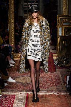 Milano Moda Haftası: Moschino - Fotoğraf 26 - InStyle Türkiye