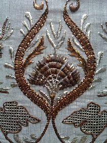 Nazire'nin Elişleri: [no:9] Karanfil Tel Sarma Cutwork Embroidery, Embroidery Stitches, Embroidery Suits Design, Embroidery Designs, Norwegian Wood, Lesage, Gold Work, Flower Art, Printing On Fabric