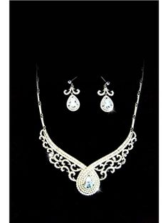 Gorgeous Clear Crystal & Gem Jewelry Sets (Including necklaces and earring)