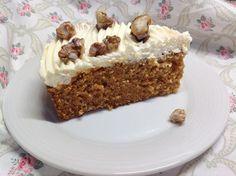 Carrot cake / Mrkvový koláč s krémem