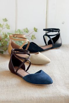 Women's Izabel Mar Shoes From Ugg | Territory Ahead