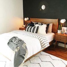 10 Mid-Century Bedroom You Will Admire Bedroom Inspo, Home Decor Bedroom, Midcentury Bedroom Decor, Bedroom Colors, Bedroom Furniture, Bedroom Ideas, Mid Century Modern Bedroom, Mid Century Modern Curtains, Guest Bedrooms