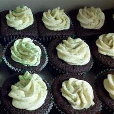 Chocolate Beer Cupcakes With Whiskey Filling And Irish Cream Icing #food
