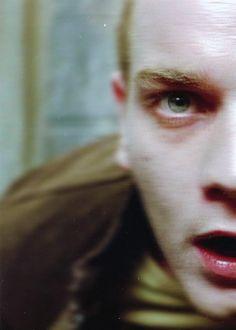 Renton / Ewan McGregor, Trainspotting (1996)