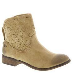 Roxy Carrington (Women's) | shoemall | free shipping! $73.95
