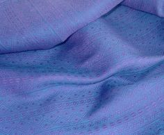 Didymos Holunder/Acqua Indio (sz 6) linen/cotton -- lived here. Thin, airy and moldable. Love this wrap. <3 Moved on to another home... Hoping it comes back at some point!!