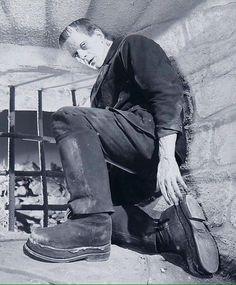 Frankenstein boots The Terror in the Night Classic Monster Movies, Classic Horror Movies, Classic Monsters, Space Ghost, Arte Horror, Horror Art, Frankenstein 1931, Frankenstein Costume, Tv Movie