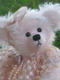 PEARL 7inch bear by Bears by Pat Morris