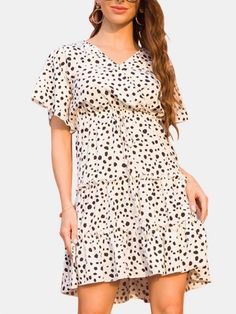 Causal Polka Dot Print V-neck Short Sleeve Mini Dress#minidresses #shortdresses #occationaldresses #nightout #summeroutfits #summercollection #mididresses #partywears #PDSFashion Casual Dress Outfits, Boho Outfits, Dress P, Boho Dress, Look Boho, Boho Style, Boho Girl, Polka Dot Print, Ootd Fashion