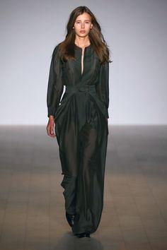 http://www.vogue.com/fashion-shows/australia-resort-2017/bianca-spender/slideshow/collection