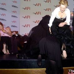 """Watcha looking for Tracey? #afi#meryl#traceyulman#inherdress""#"