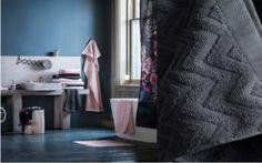 Découvrez comment relooker votre salle de bains avec 5 trucs à découvrir. Idéal pour les petits budgets !