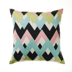 In a remarkable, overlapping chevron print, this cushion will bring fashion and style to your home. Soft blue, green and pink shades add a burst of colour and complete a modern look.Â