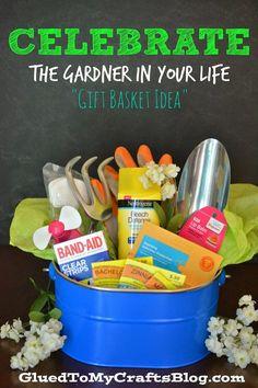 Celebrate The Gardener In Your Life {Gift Basket Idea} #CelebrateEveryGoal #cbias