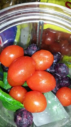 Tomato,  spinach,  blueberry blast