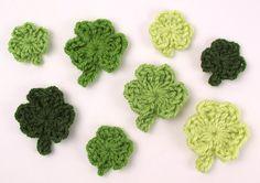 Shamrocks crochet pattern by PlanetJune
