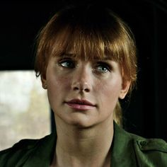 Apperrittius (@chessisagutegame) • Instagram photos and videos Jurassic World Claire, Jurassic Park World, Claire Dearing, Alabaster Skin, Bryce Dallas Howard, Jamie Lee Curtis, Gabel, Red Riding Hood, American Actress