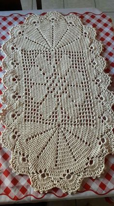 The Crucifixion Jesus Christ Wallhanging Vintage Thread Crochet Pattern Unique Crochet, Crochet Art, Thread Crochet, Filet Crochet, Beautiful Crochet, Vintage Crochet, Doily Rug, Doilies, Knitting Patterns
