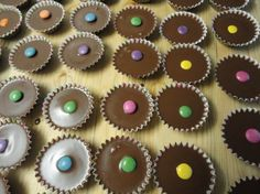 Mini Cupcakes, Rum, Desserts, Food, Meal, Deserts, Essen, Hoods, Dessert
