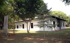 Casa do Bandeirante -  Este estabelecimento rural foi transformado em um museu que recria a residência dos primeiros...