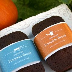Printable labels for your homemade treats. From jams to pumpkin bread and rice krispe treats, add a beautiful label or wrap to just about anything you whip up.