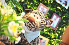 tigre da decoração da festa safari by www.partyinc.com.br