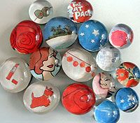 137 inexpensive, handmade holiday gift ideas, Part 1 - Crafty Nest Crafts For Teens, Craft Projects, Crafts For Kids, Arts And Crafts, Craft Ideas, Teen Crafts, Diy Magnets, Marble Magnets, Homemade Magnets